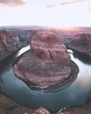 Wallpaper Weekends: Horseshoe Bend for Mac, iPad, iPhone and Apple Watch