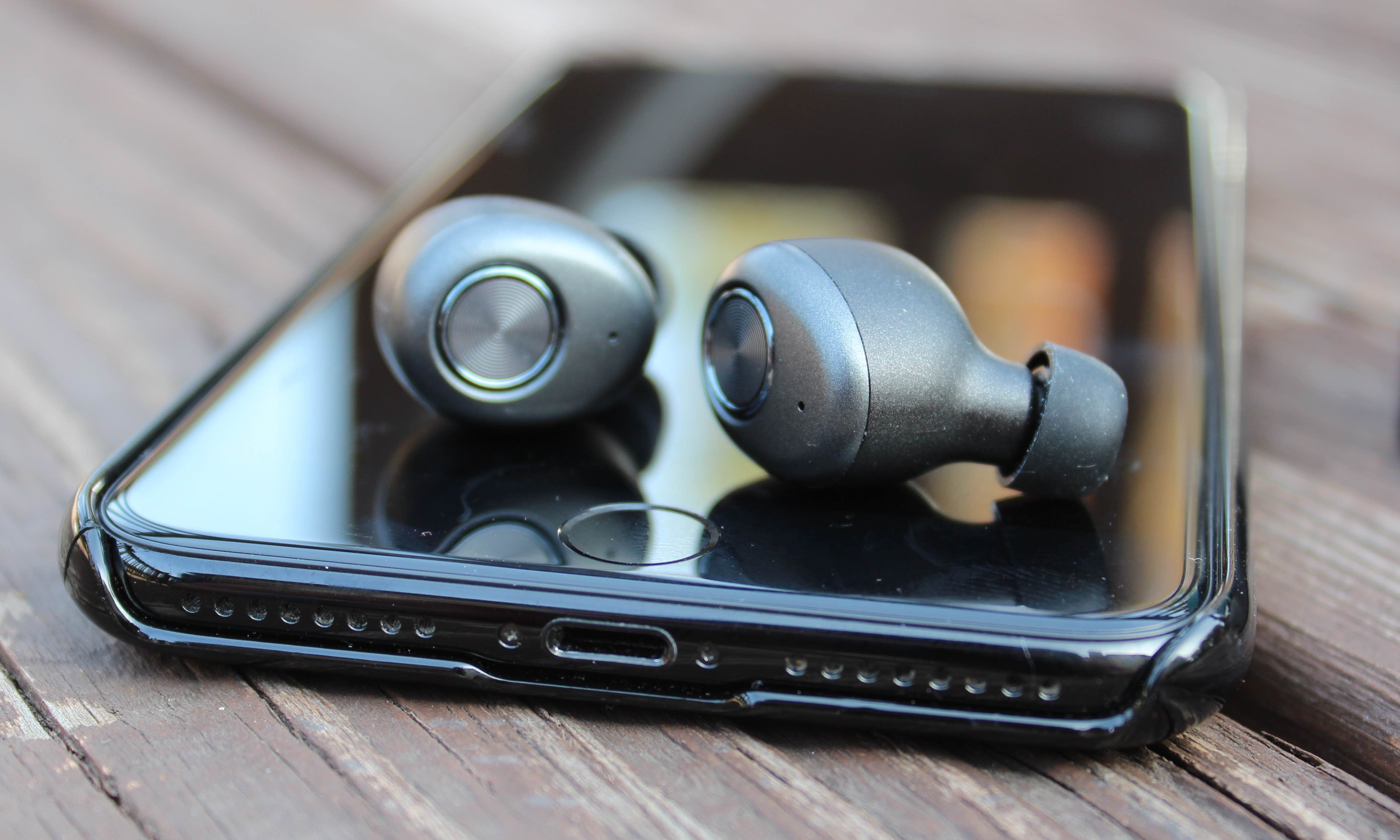 Review: Smartomi Ace – Affordable, Truly Wireless Earbuds