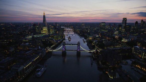 london at night tower brige