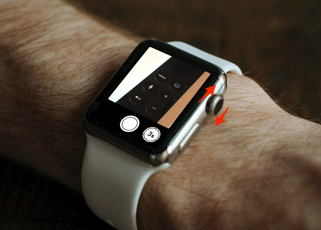 How To Use Your Apple Watch's Digital Crown to Zoom Your iPhone Camera Lens