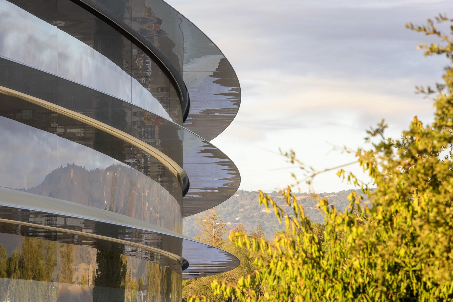 First Wave of Apple Employees to Return to Apple Park on June 15