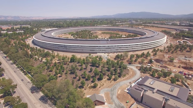 Latest 4K Drone Footage Shows Apple Park's Visitor Center, Historic Barn, More