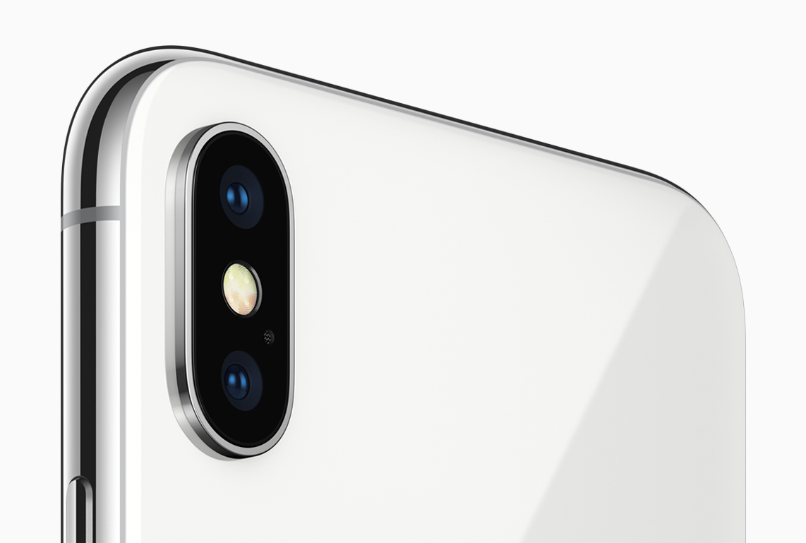 KGI's Kuo: Apple to Carry Over iPhone X Plastic Lens Design to 2018 iPhones