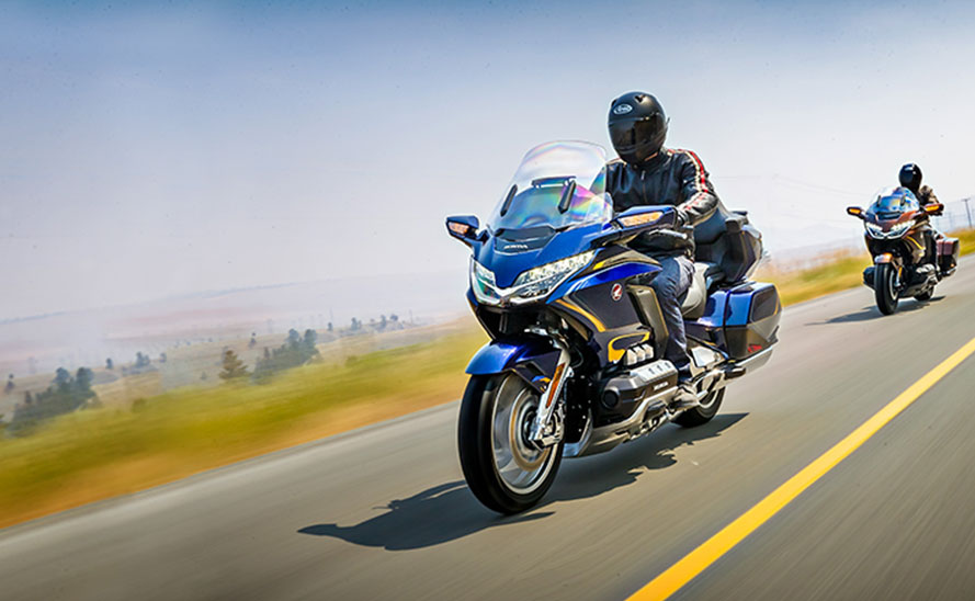 2018 Honda Gold Wing Becomes First CarPlay-Equipped Motorcycle