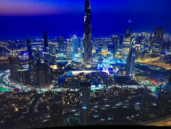Apple_TV_screensaver_dubai_at_night