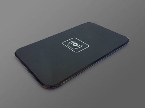 MacTrast Deals: Qi Wireless Fast Charging Pad Charges Your iPhone 8, 8 Plus, and iPhone X Without Wires