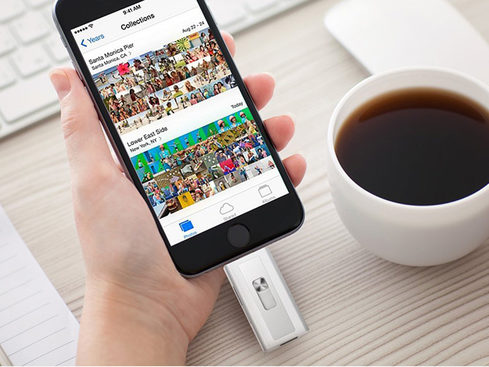 MacTrast Deals: Xtra Drive Lightning Flash Drive with 16GB Micro SD Card