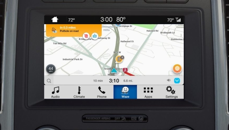 Waze Launches on Ford's SYNC 3 Vehicle Infotainment Systems