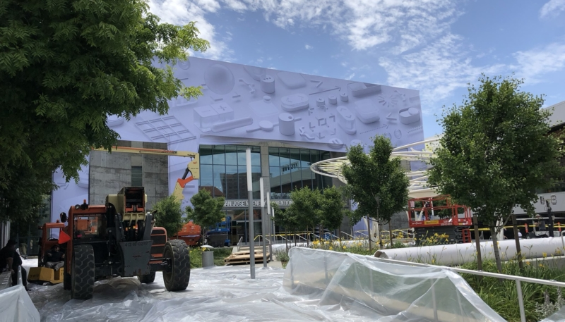 WWDC 2018 Banners Going Up at McEnery Convention Center