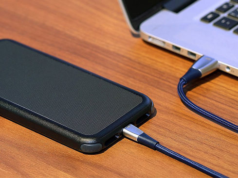 MacTrast Deals: ZinCable Ultra-Strong MFi-Certified Lightning Cable