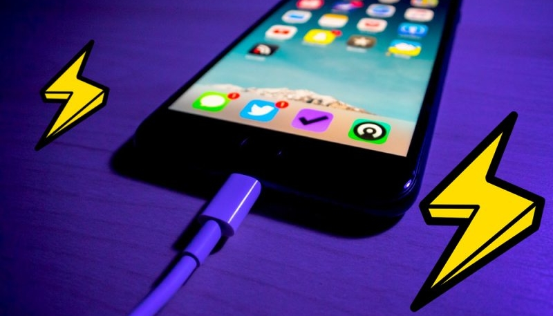 Some Users Report Their iOS 12 Device is Affected by Sporadic Charging Issues