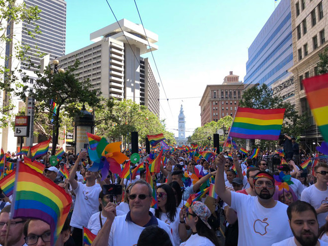 Tim Cook, Other Apple Executives Join Apple Employees in 2018 San Francisco Pride Parade