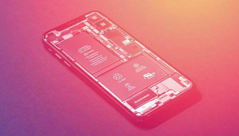 Qualcomm Demands Information About Intel's Chips in 2018 iPhones