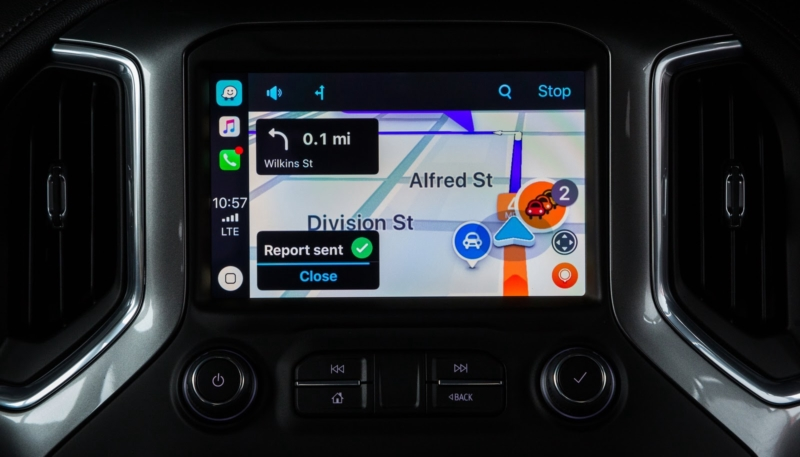 Waze Now Offers Apple CarPlay Compatibility in iOS 12