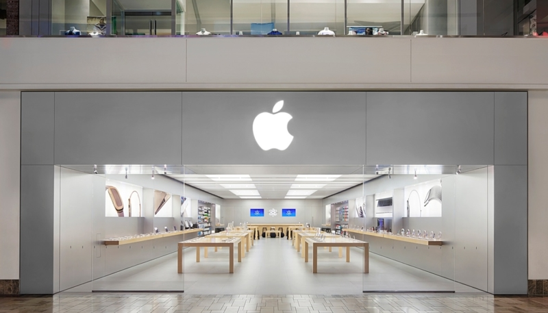 Apple Stores Using Local Police as Security to Discourage Robberies