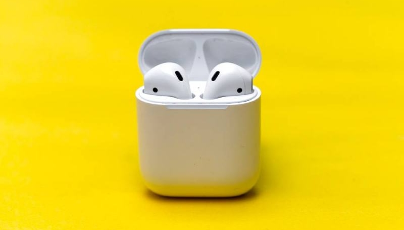 Kuo: Two New AirPods Models on the Way in 2019 and 2020