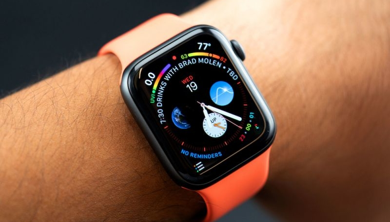 Apple Watch Projected to Lead Wearable Growth