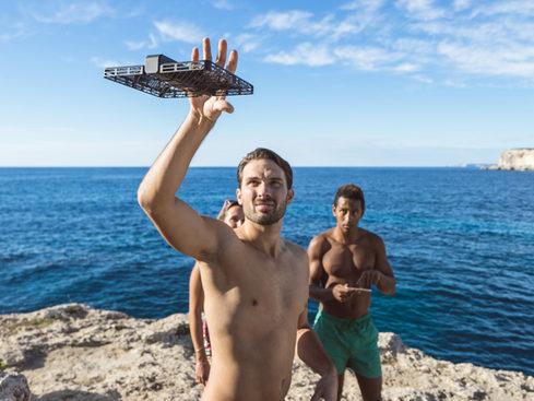 MacTrast Deals: Hover Camera Passport Self-Flying 4K Drone: Deluxe Edition