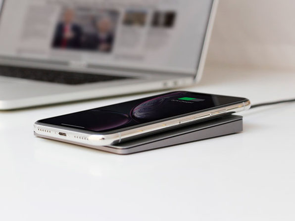 MacTrast Deals: MAGIQPAD Wireless Charger - The Minimalistic Qi Charger