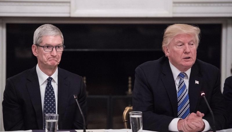 Tim Cook Embraces Meme After Presidential Gaffe