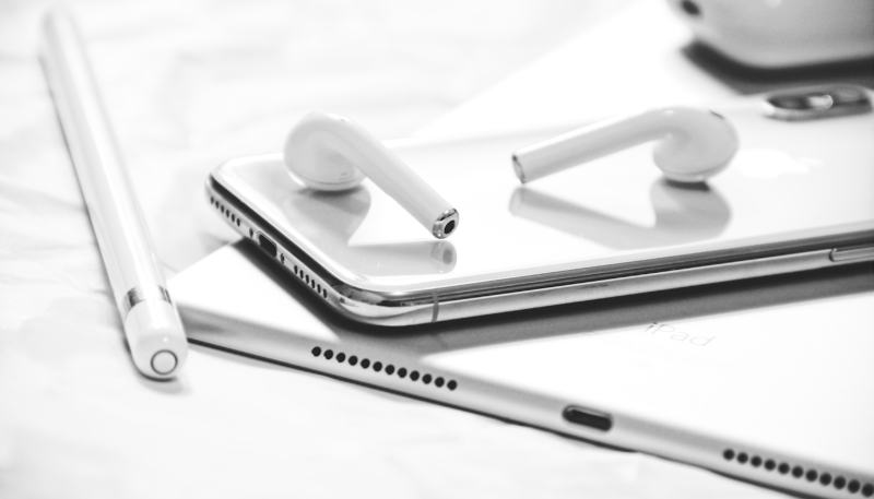 Apple Suppliers Said to be Readying for 'Mass Production' of Next-Gen iPad and AirPods