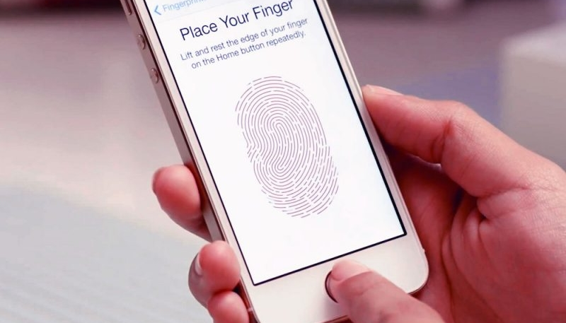 Apple Exec Says More Devices With Face ID on the Way, But Touch ID Will Also Hang Around