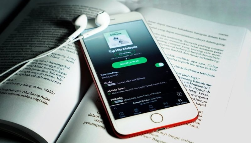 Spotify Triples Free-Trial Period on Premium Service