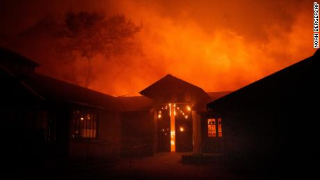 Apple to Make a Donation to Aid Wildfire Relief Efforts in California