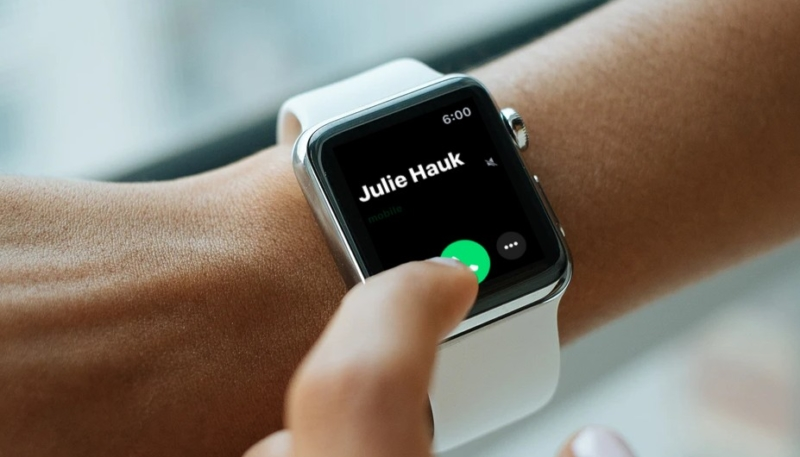 How To Enable the 'Cover to Mute' Feature on Your Apple Watch