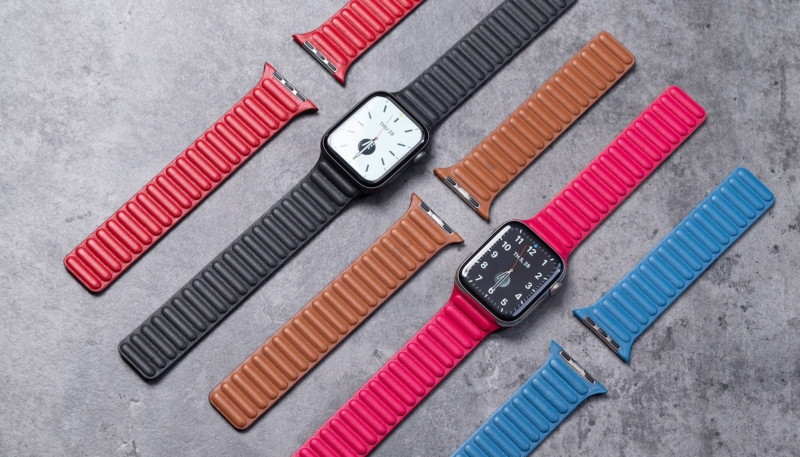 Photos and Video Offer a Look at New Apple Watch  Leather Loop Band