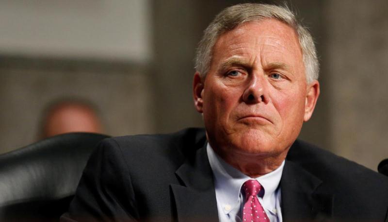 FBI Serves Apple With Warrant For U.S. Senator Burr's iCloud Data