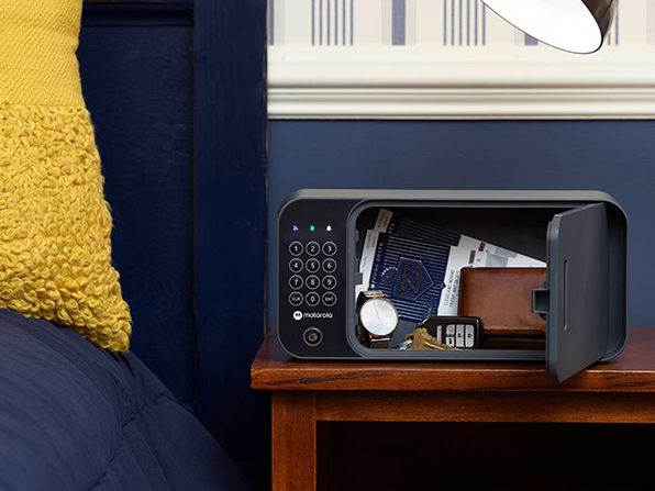 MacTrast Deals: Motorola Smart Safe with Secure Wall Mounting