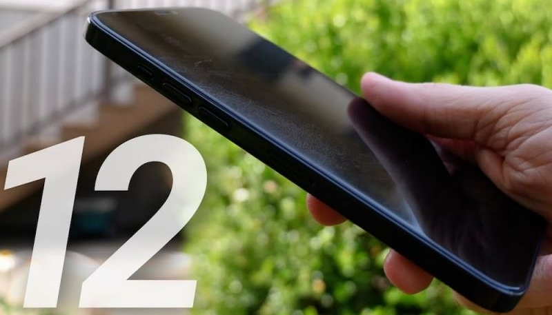 Apple's iPhone 12 Lineup May Launch in Two Stages, With Mid-Sized Models Launching First