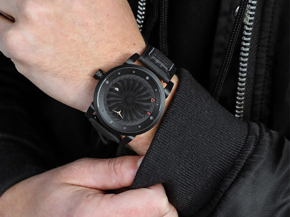 MacTrast Deals: Blade Automatic Watch with 42H Power Reserve