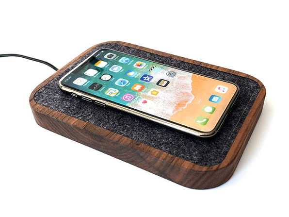 MacTrast Deals: Docking Station Wireless Charger