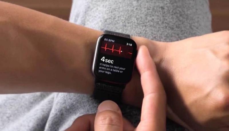 iOS 14.3 and watchOS 7.2 Include New Apple Watch ECG Algorithm Version