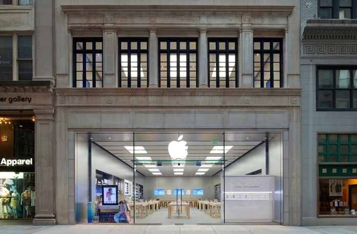 Apple Temporarily Closes Philadelphia's Walnut Street Store Amid Protests